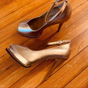 BCBG GENERATION peep toe platform ankle strap 8